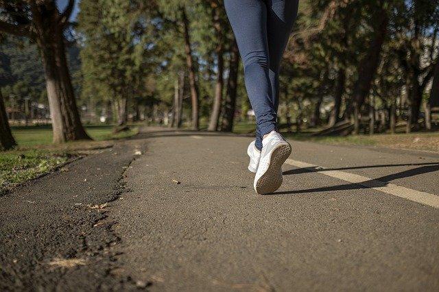 יש סיבות לשמור על הרגליים